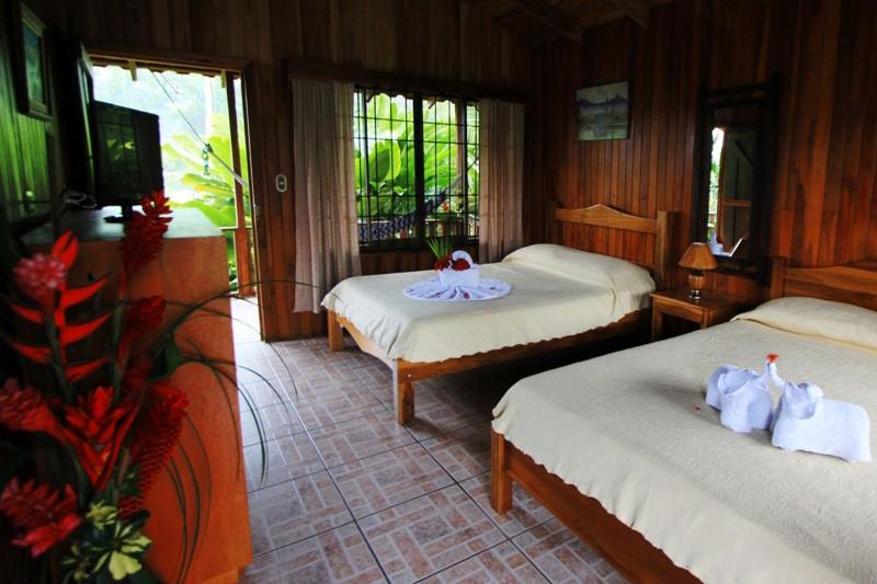 Rancho Cerro Azul Costa Rica